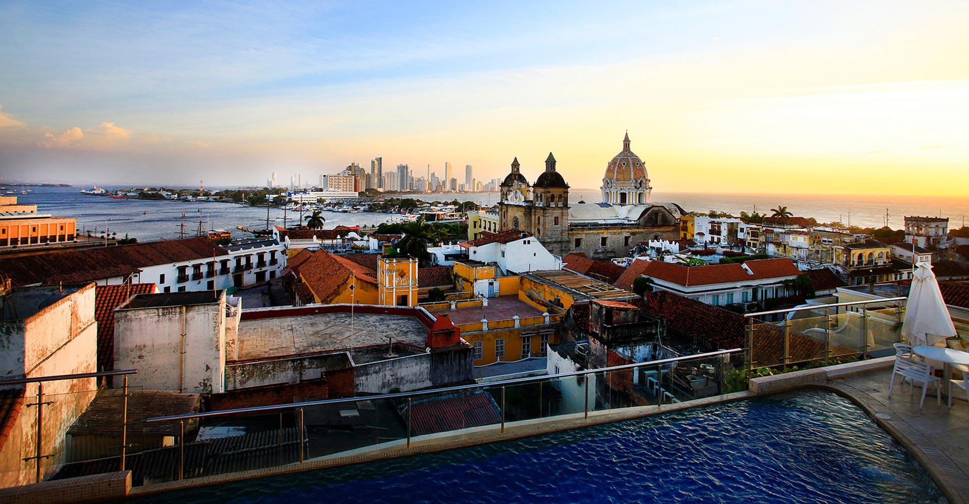 Kolumbien_Cartagena_Altstadt_Daemmerung_Reisen