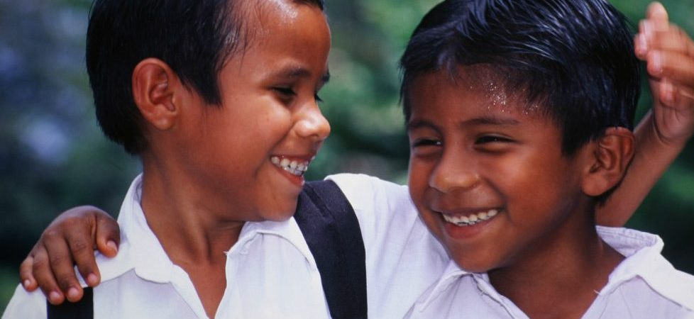 Costa Rica_Reise_Buben in Schuluniform