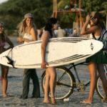 Costa Rica_Reise_Surfen_Surferinnen_Strand