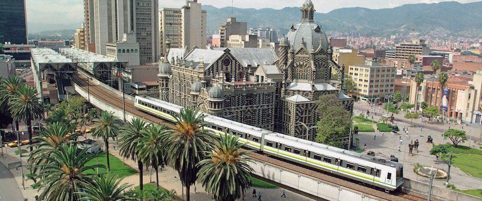 Kolumbien_Medellin_Skyline_Reisen