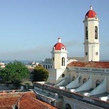 Latin_America_Tours_Kuba_Stadt