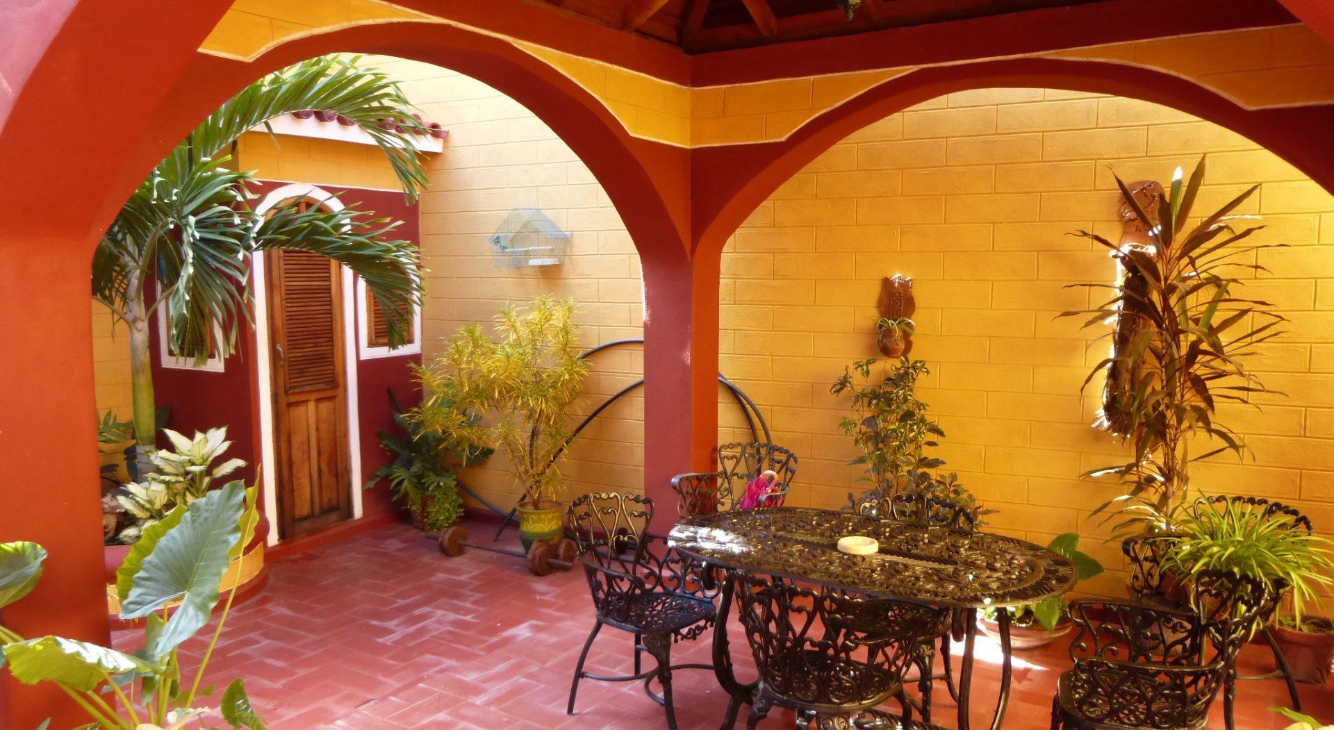 Kuba, Casa Particular, schöner Innenhof, Latin America Tours, Reisen
